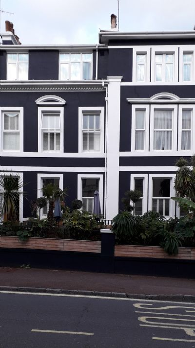 Southbank Townhouse gay friendly holiday